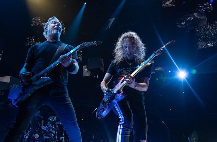 Metallica tocando ao vivo